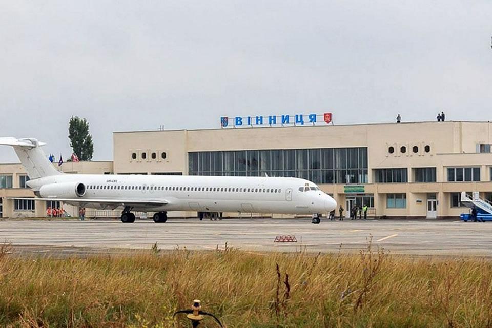 Реконструкция аэропортов все же будет через тендера