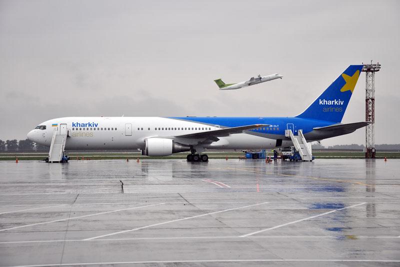 «Авиалинии Харькова» отправили Boeing 767 в первый коммерческий рейс