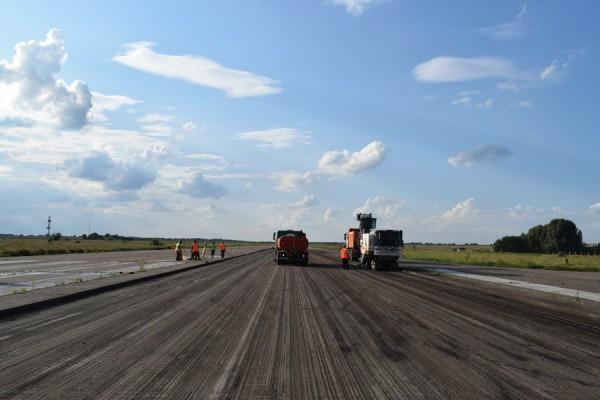 В аэропорту Черкассы стартовал ремонт ВПП