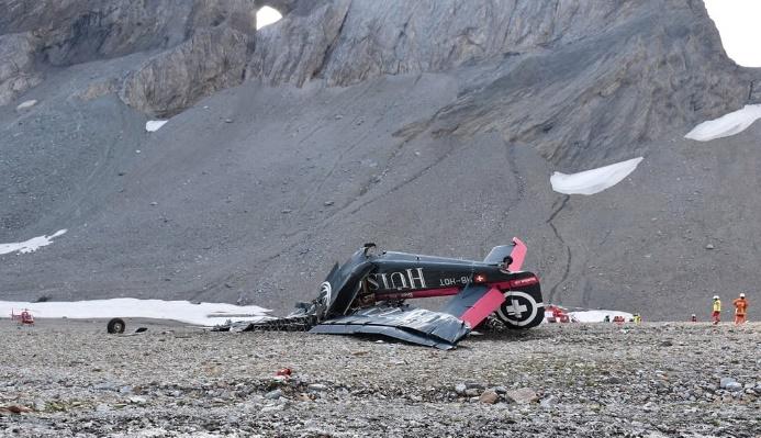 В Швейцарии разбился самолет, 20 погибших - СМИ