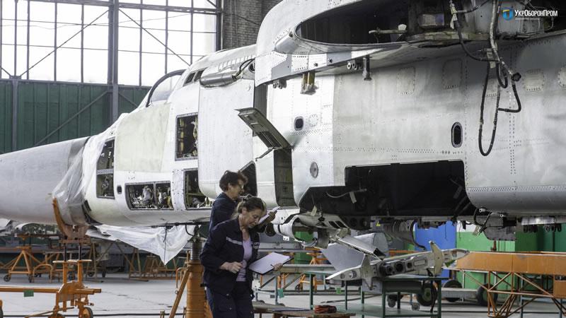 «НАРП» частично импортозаместил комплектующие и агрегаты на боевых самолетах Су-24М и Су-24МР ВСУ