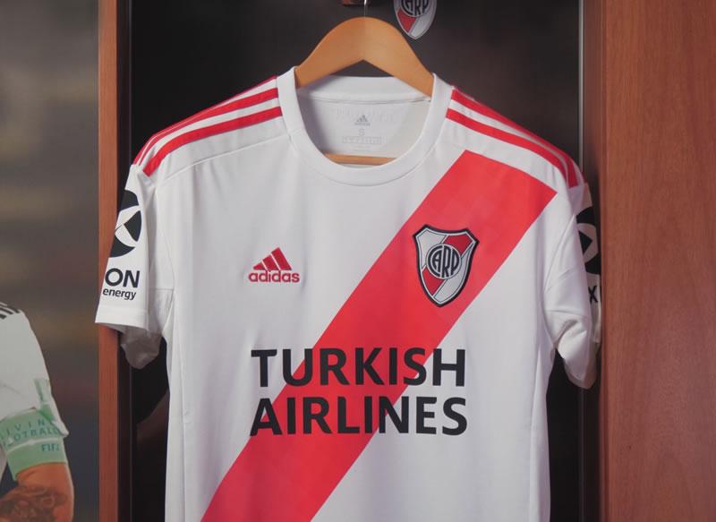 Авиакомпания Turkish Airlines стала спонсором аргентинской футбольной команды «Ривер Плейт»