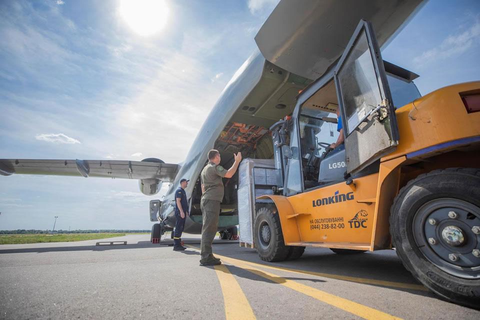 Гуманитарную помощь доставит в Бейрут Ан-72 НГУ