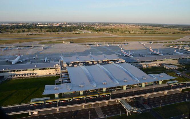 """Аэропорт """"Борисполь"""" будет строить грузовой терминал сам, если не будет инвестора"""