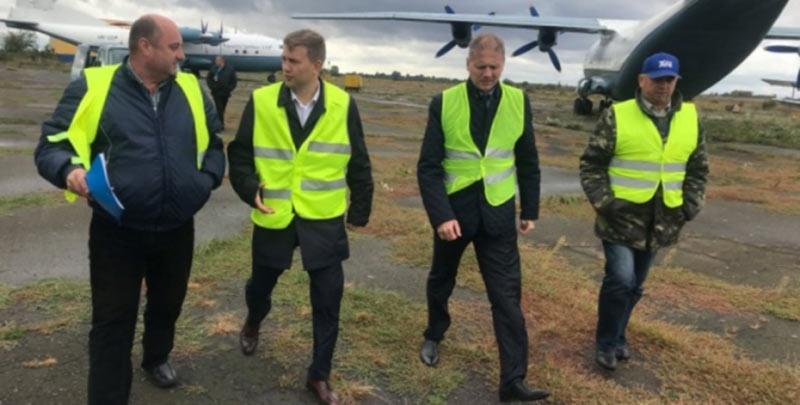 Глава Ровенской ОГА взялся за аэропорт