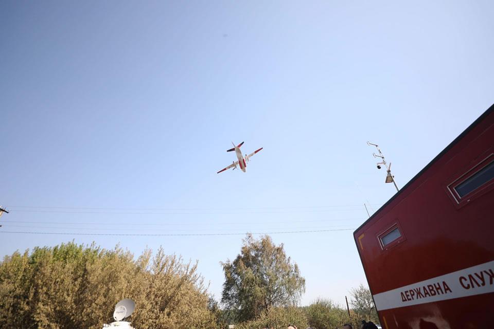 К ликвидации пожаров в Харьковской и Луганской областях привлечена пожарная авиация МВД