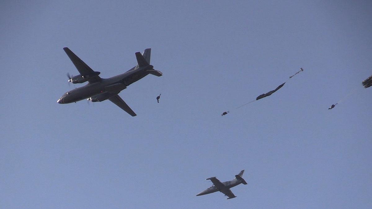 Проведены испытания десантно-парашютных систем НАТО