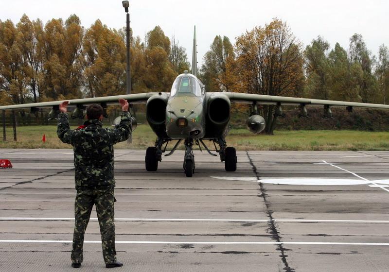 На Прикарпатье подполковник спас аэродром от закрытия
