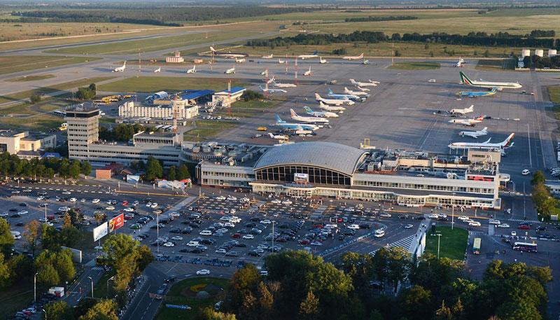 В аэропорту «Борисполь» завершена реконструкция привокзальной площади терминала «B»