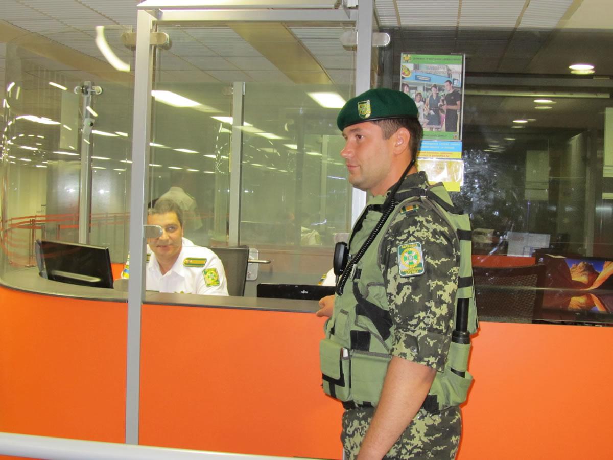 Растет число россиян, которых не пустили в Украину