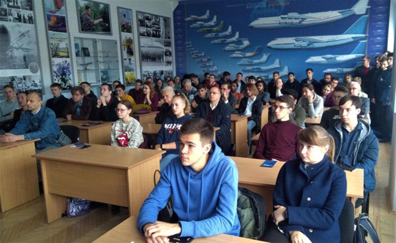 В НАУ прошла встреча с представителями компаний «Прогрестех-Украина» и «Boeing»