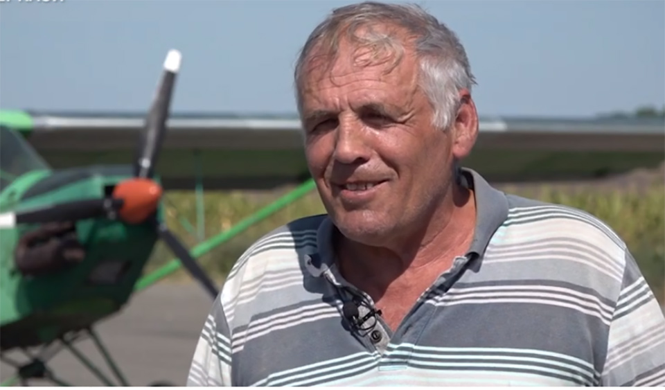 Виктор Юзва учит пилотировать и продолжает строить самолеты