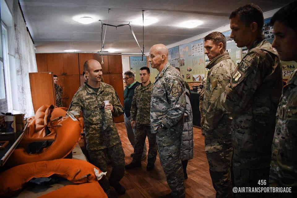 Винницу посетили представители поисково-спасательной службы ВВС Национальной гвардии Калифорнии