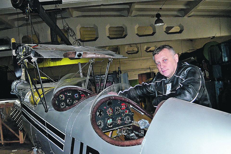 Киевлянин самостоятельно собрал настоящий двухместный самолет