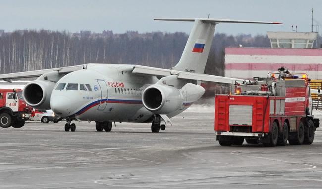 В Воронеже у Ан-148 во время испытательного полета отказал двигатель