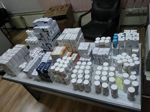 В Одесском аэропорту оставили чемодан с лекарствами на 120 тысяч долларов