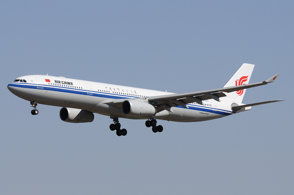 Авиакомпанию Air China призывают запустить рейсы из Шанхая и Пекина в Киев