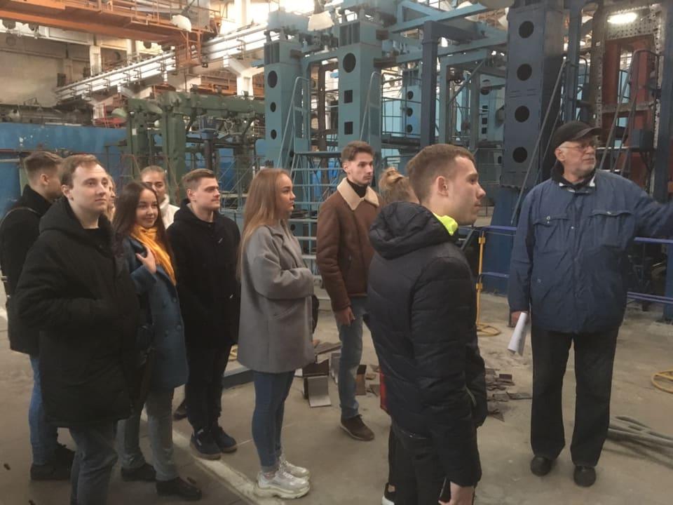 Студенты Karazin Business School познакомились с «Чебурашкой»