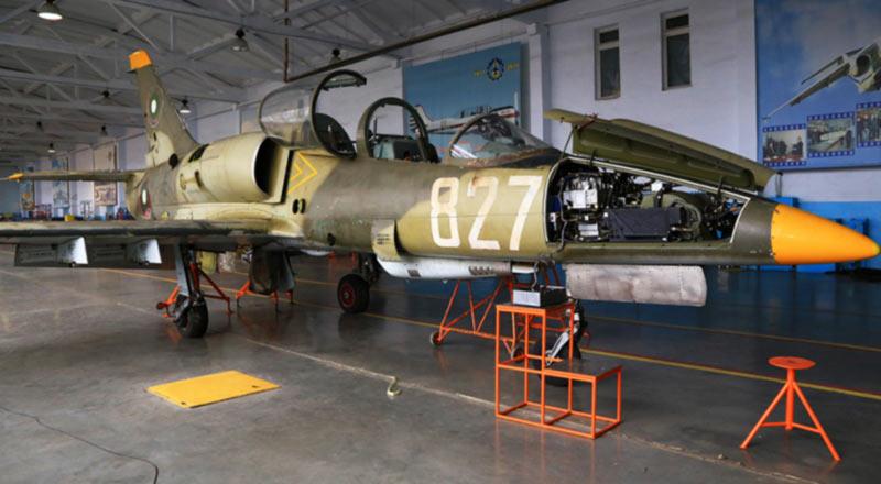 Одесский авиазавод ремонтирует самолеты для Болгарии