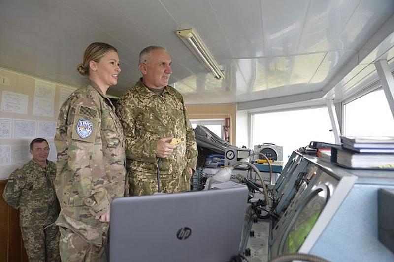 Американка - военный авиадиспетчер творила историю в Украине