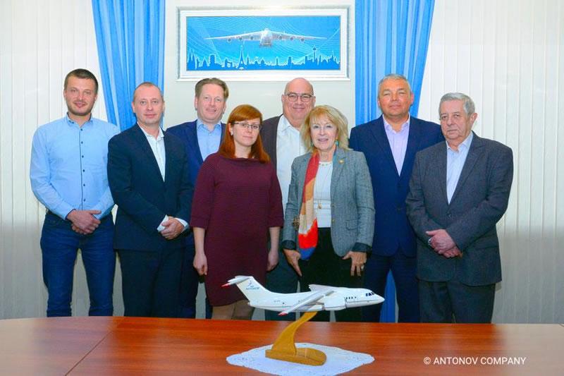 """В ГП """"Антонов"""" обсудили взаимодействие по Ан-1х8 с представителями Boeing"""