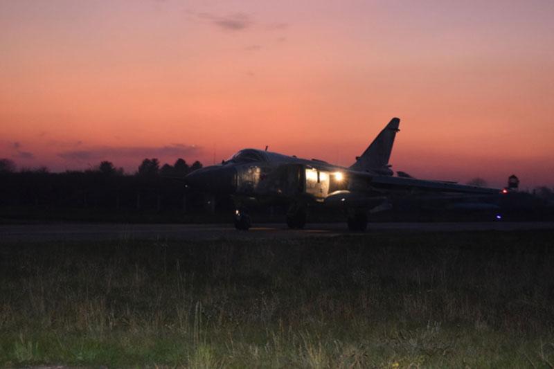 Бомбардировщики готовились к ведению боевых действий ночью