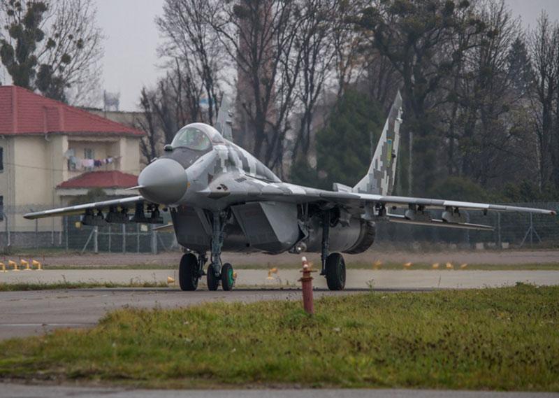 Воздушные Силы получили еще один модернизированный истребитель