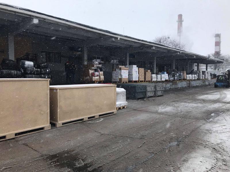"""Аэропорт """"Борисполь"""" ограничит прием импортных грузов с 24 декабря по 4 января"""
