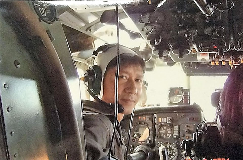 Нгуен Ань Сон, заместитель эскадрильи по политике 2-й эскадрильи 918-го полка перед вылетом на дежурство в Чыонг Са, 3 марта 1988 г.